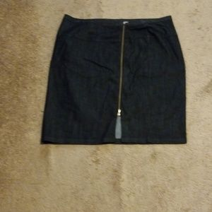 NWOT Ashley Stewart Zip Front Denim Skirt